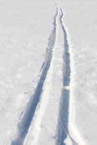 cross-country-skiing-trail