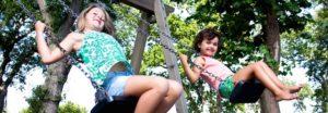 girls-on-swing